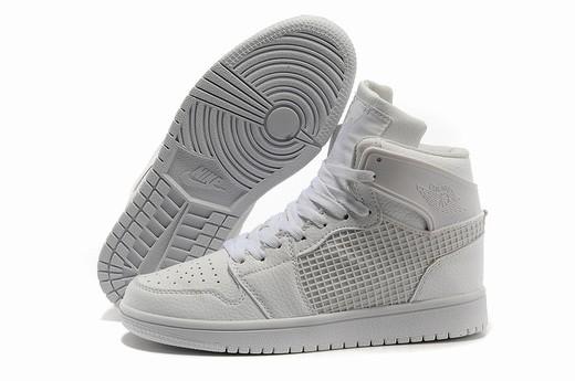 Air Jordan I (1)
